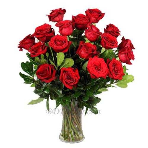 Send 18 pcs red roses in vase to Bangladesh