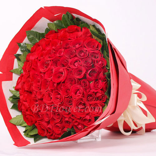 Send 90 pcs red roses in bouquet to Bangladesh