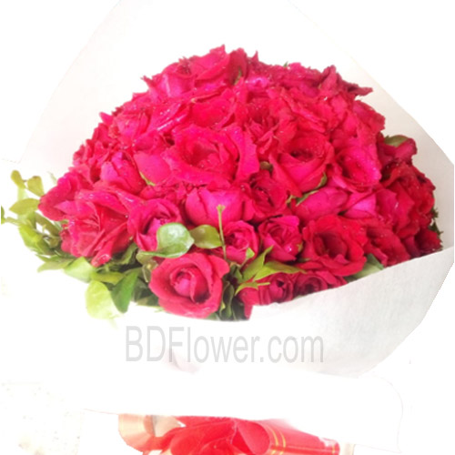 Send 100 pcs red roses to Bangladesh